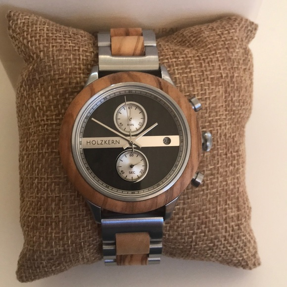 Men's Holzkern natural wood watch NWT